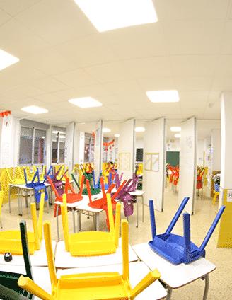 Tabique movil en colegio - Vimetra.com