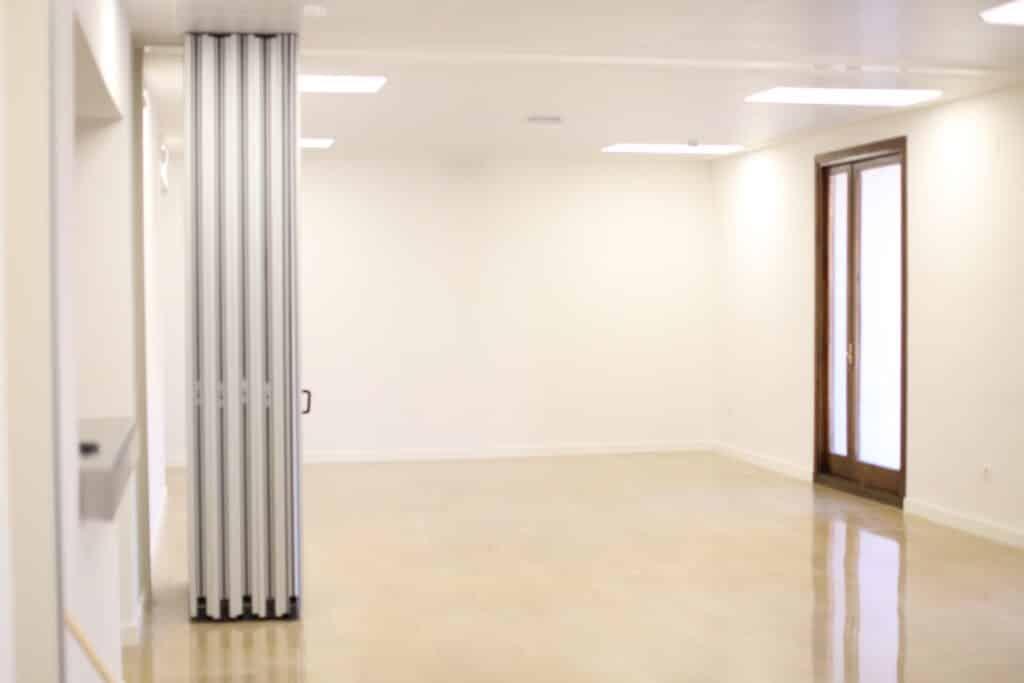 Separar ambientes con paneles separadores - Vimetra.com