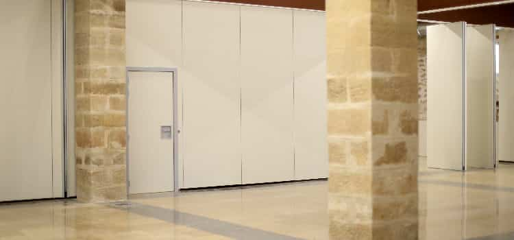 Tabique móvil con puerta - Vimetra.com