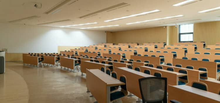 Multiplicar aulas en centros docentes y educativos - Vimetra.com