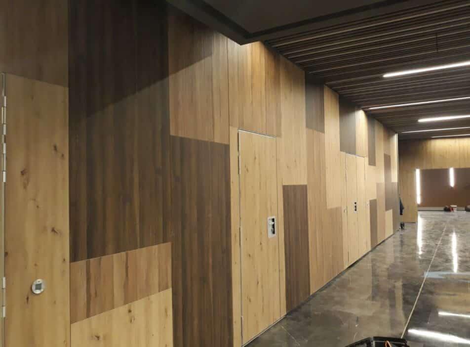Tabique móvil de madera en Hotel de Teruel - Vimetra.com