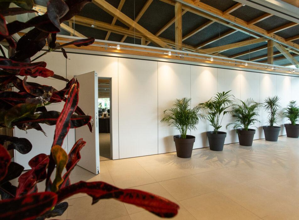 Tabique móvil para sala de eventos en hotel - Vimetra.com